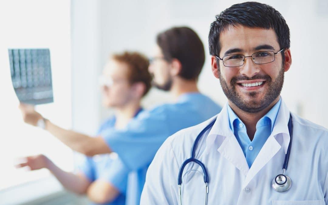 """""""Consultas virtuales para ahorrar visitas médicas a los sistemas de salud"""""""